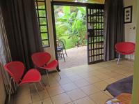Mariposa livingroom